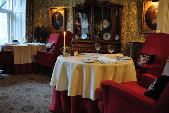 Inverlochy Castle: The dining area