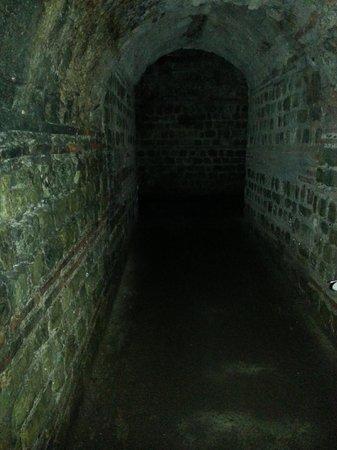 Kaiserthermen: Underground tunnel