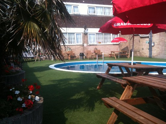 Hotel victoria updated 2018 prices reviews great - Hotels with swimming pools in norfolk ...