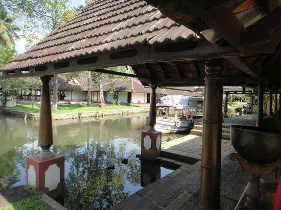 Coconut Lagoon: Entrance