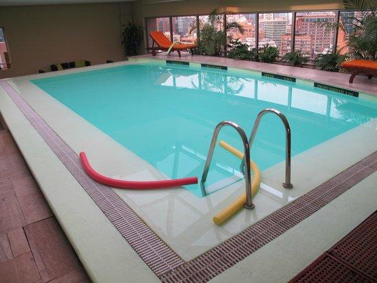 NH Collection Plaza Santiago: Pool