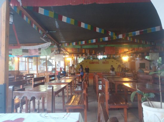 Camping Oasis: Restaurante-Cafeteria y animación
