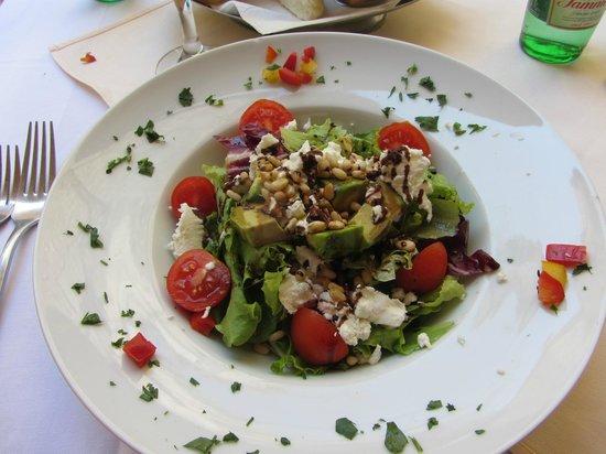 Wanda : Mixed salad