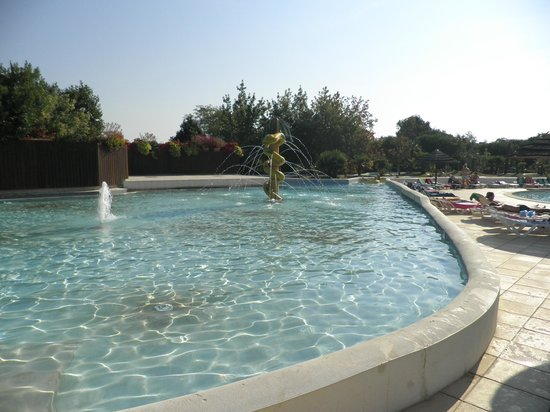 Camping Séquoia Parc : Childrens pool & lazy river
