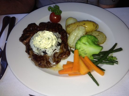 The Grasmere Hotel Restaurant: main course