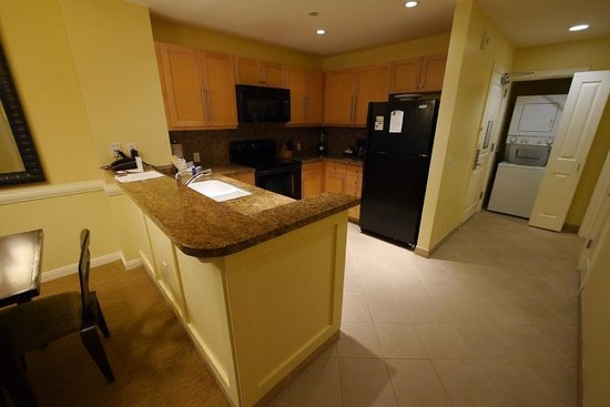 The Westin Kaanapali Ocean Resort Villas: Well equipment kitchen
