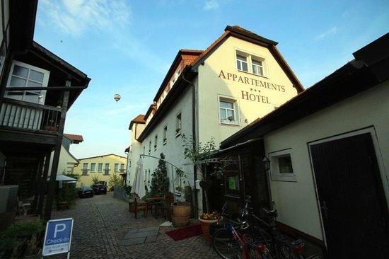 Restaurant Goldenes Fass: Außenansicht