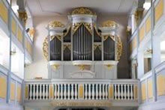 Hotel Gasthof Conrad: Silbermannorgel in der Nassauer Kirche