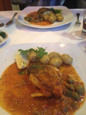 Harvey's Bistro: cod fish