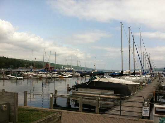 The Tudor Rose Bed and Breakfast: VIew from eating at the Village Marina