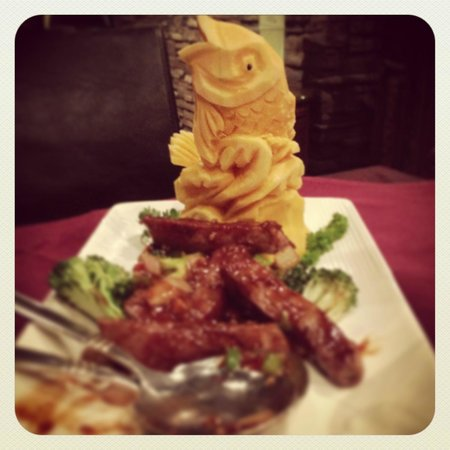 Cynthia's Chinese Restaurant : broccoli beef
