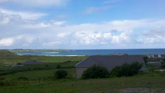 Strandhill Lodge and Suites Hotel: View from the room
