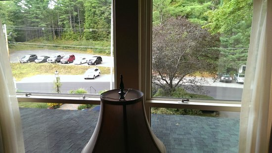 The Inn at Thorn Hill & Spa : View out front window