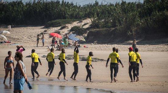 Baleal Surf Camp: warm up!! let's go!
