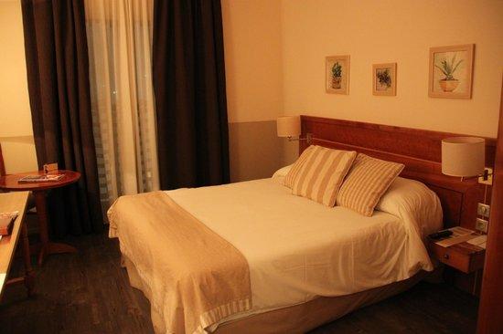 Aquabella Hotel : Room