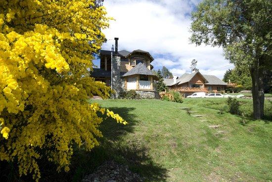 Apart Hotel del Arroyo: Fachada
