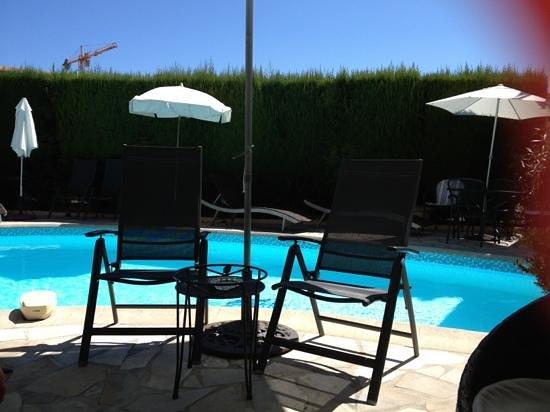 Hotel l'Olivier: la piscine