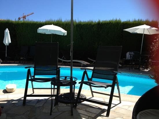 Hotel Olivier: la piscine