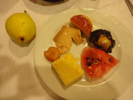 L'Etoile Hotel: Food! Selection