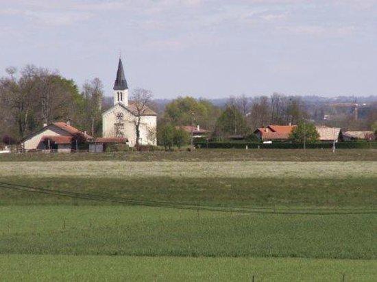 Gite Hias : Village d'Angoumé