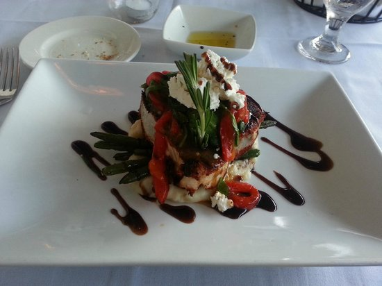 Tisha's: Blackened Tuna w/ roasted peppers, spinach, goat cheese, aged balsamic.