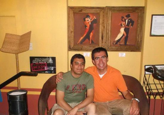 Ajijic Tango: En el lobby del restaurante.