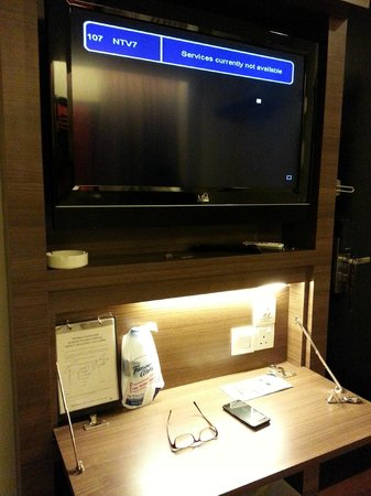 Frenz Hotel: When the is a storm outside, the tv goes out