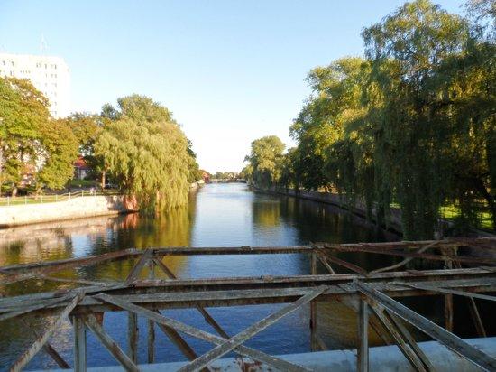 Sanatorium San: Crossing the river in town