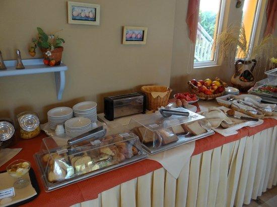 Akti Chara Hotel: Breakfast