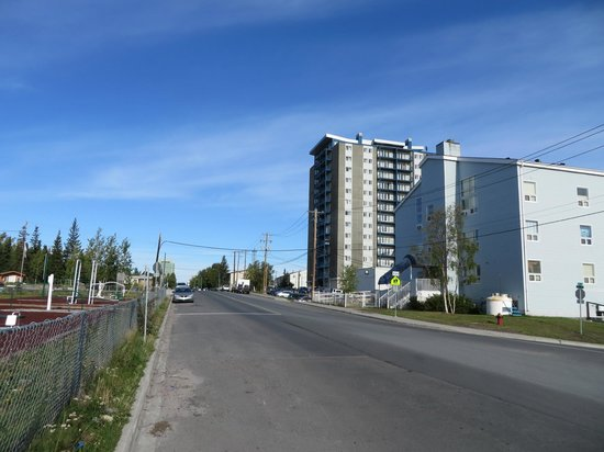 Coast Fraser Tower: the hotel from just down the street