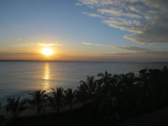 Best Western Coral Beach Hotel: Sunset from Room