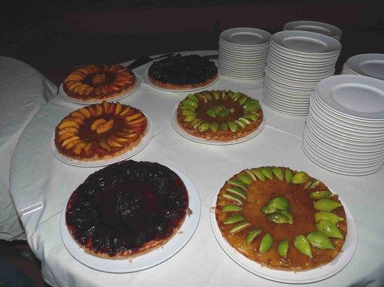 Villa San Giovanni Residenza Hotel : buffet le torte