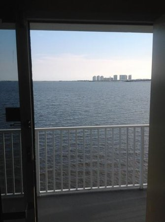 Best Western Navarre Waterfront: room with a view