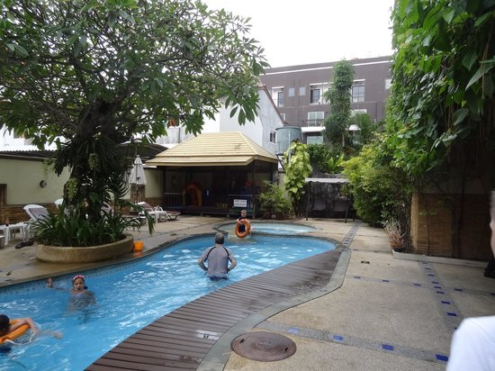 Poppa Palace Hotel Phuket: Family pool
