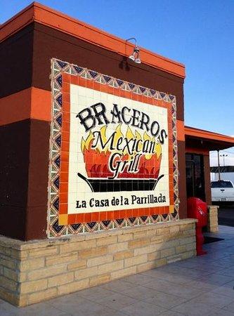 El Bracero Mexican Grill : good little place