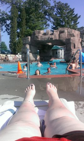Wisconsin Dells Water Parks at Chula Vista Resort : the outdoor pool