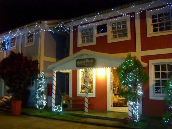 Casa do Papai Noel: Shopping Pequena Finlândia.