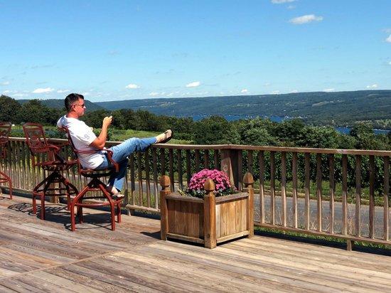 Dr. Konstantin Frank's Vinifera Wine Cellars: Waiting to taste wine