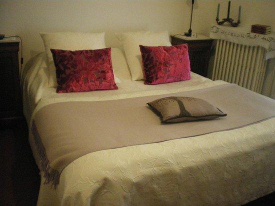 Chez Marie : Camera da letto