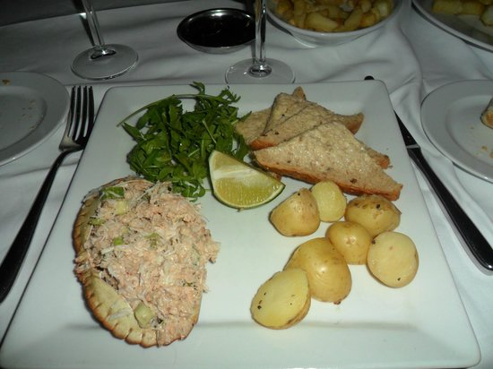 Osborne's Cafe and Grill: DRESSED CRAB WITH NEW POTATOES
