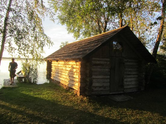 Hiie Farm: The boathouse from the outside
