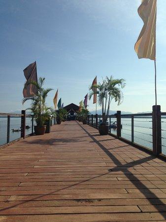 Bukit Merah Laketown Resort: Jetty