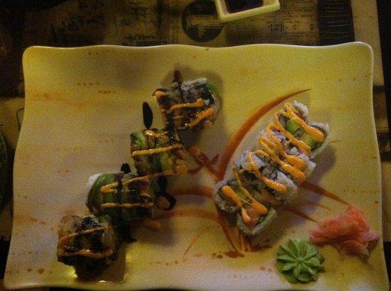 Nikki's Fresh Gourmet & Sushi Bar: Mmmmmmm