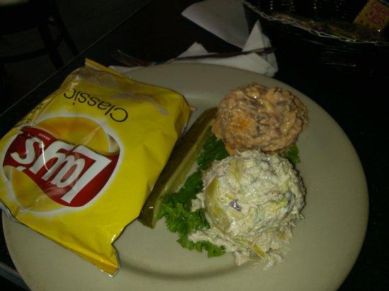 Shashy's Bakery & Fine Foods: Chicken/Artichoke Salad & Pimento Cheese