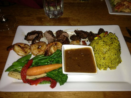 Twin Owls Steakhouse: Yum