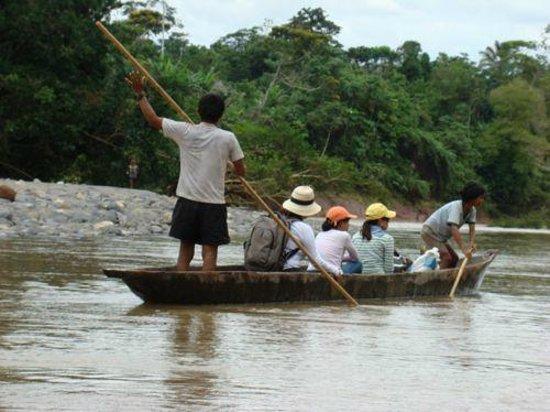 Huella Verde Rainforest Lodge: Canoe tour on the Bobonaza River