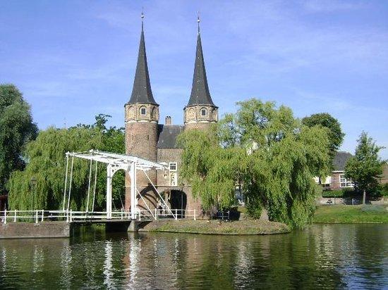 Delft, هولندا: Oostpoort, Delft, Holanda.