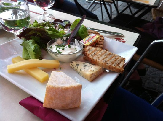 Dame Tartine: one of the tartines with a variety of cheeses