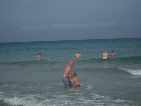 Playa de Es Figueral : happy days