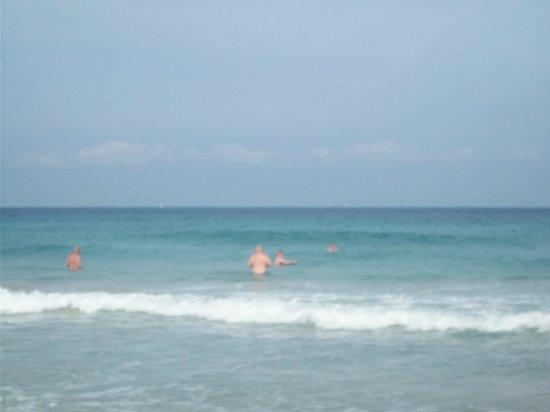 Playa de Es Figueral: blue sea